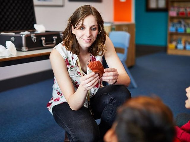Learning officer Emily Nelson delivers a workshop with children at the Leeds Discovery Centre before the pandemic.