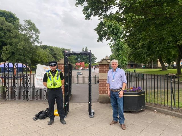 Knife arch temporarily installed at entrance to Pudsey Park following recent stabbing