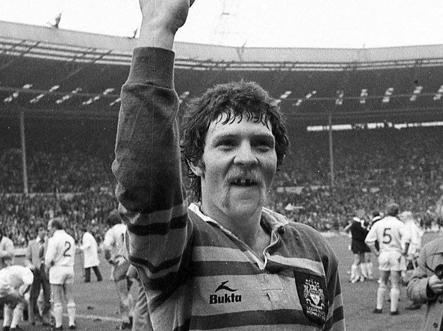 John Holmes celebrates Leeds' Wembley victory over St Helens in 1978. Picture by Steve Riding.
