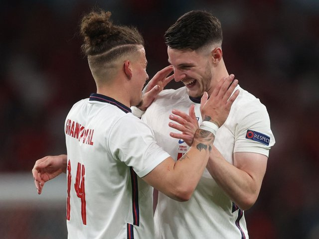England midfield pair Kalvin Phillips and Declan Rice. Pic: Getty