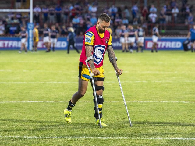 Gareth O'Brien was on crutches after suffering a knee injury against Wakefield less than a month ago. Picture by Tony Johnson.