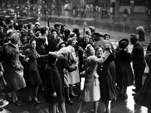 Enjoy these photo memories of VJ Day celebrations in Leeds.