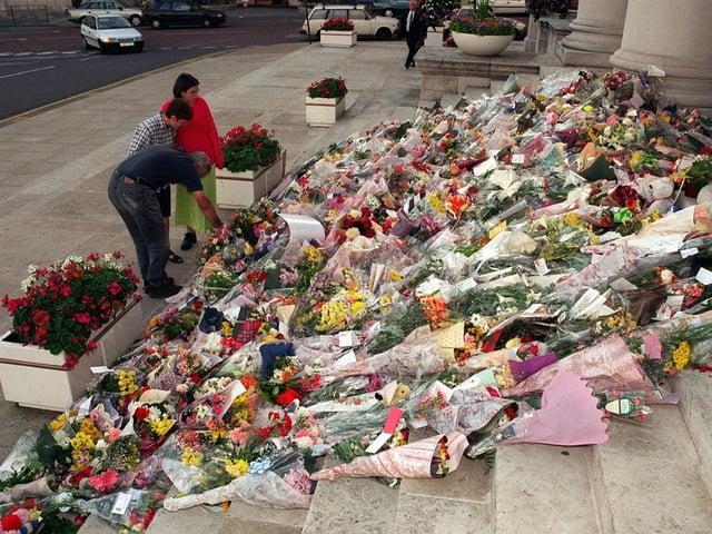 Enjoy these photo memories of Leeds in September 1997. PIC: Mark Bickerdike