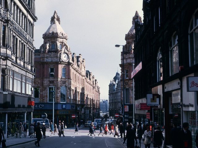 Enjoy these photo memories from around Leeds city centre in the 1970s. PIC: Leeds Libraries, www.leodis.net