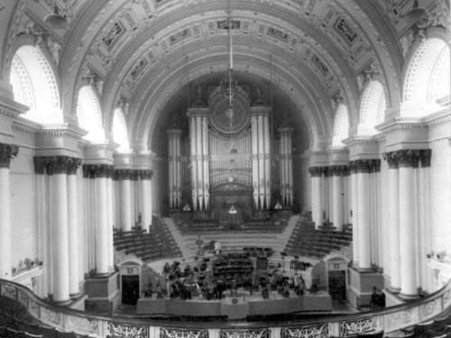 The Leeds Town Hall organ pictured in 1925. PIC: Leeds Libraries, www.leodis.net