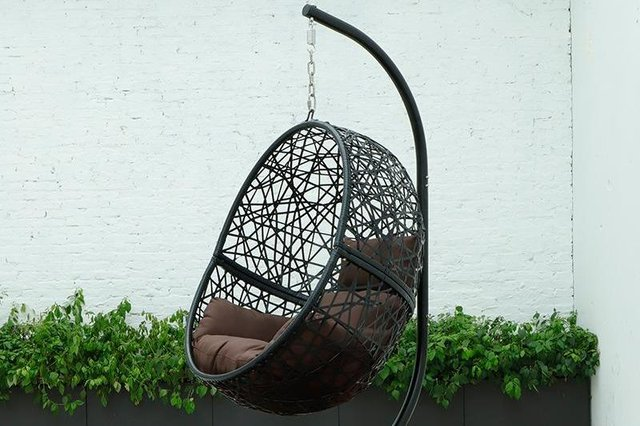 The BRIQ Hanging Egg Chair would be the perfect addition for any garden. Image: BRIQ