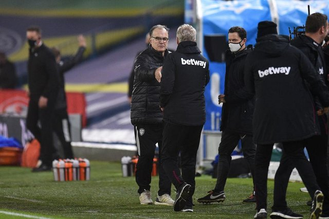 Marcelo Bielsa and David Moyes. (Photo by Oli Scarff - Pool/Getty Images)