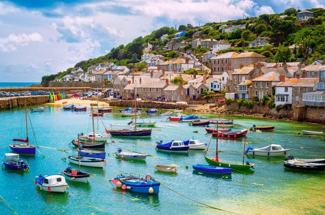 Popular destinations like Cornwall are experiencing a spike in holiday bookings.